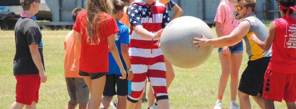 Summer Camp Games 1024x683 1 1024x380 - Lessons Your Kid Will Learn at Summer Camps
