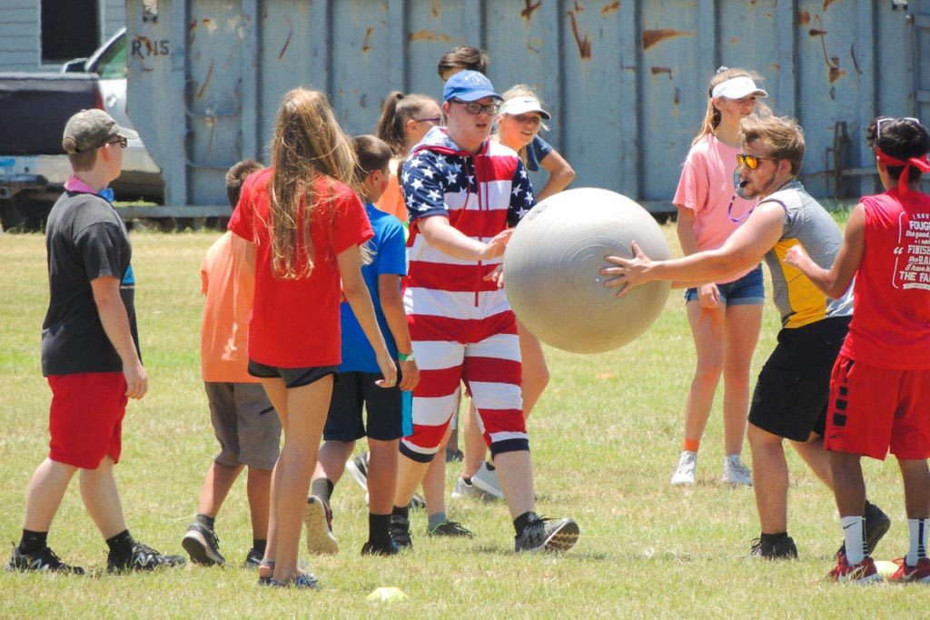 Summer Camp Games 1024x683 1 - Lessons Your Kid Will Learn at Summer Camps